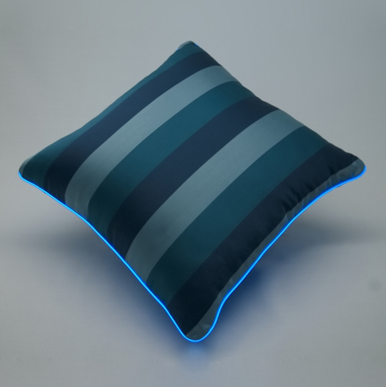 Cuscino Luminoso Blu Rigato