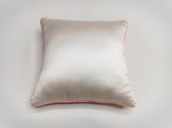 Cuscino Luminoso Bianco Luce RosSa FRONTE